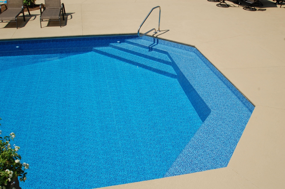 Special Features Royal Palm Pools Inc - Wedding Cake Ladder Pool